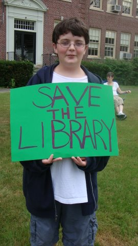 Rallying for North Smithfield Library