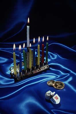 hanukkah-accessories.jpg