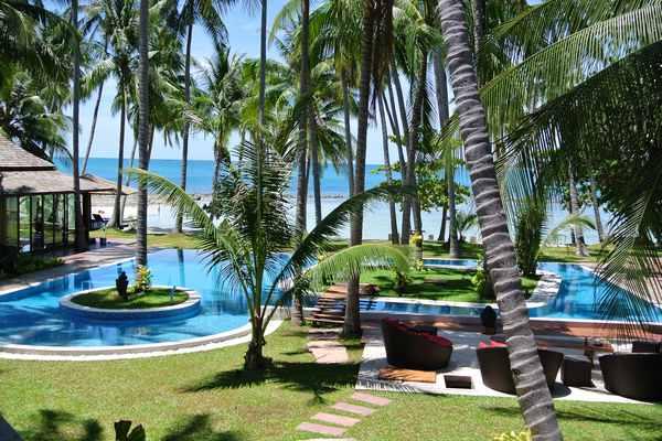 Villa Kalyana pool