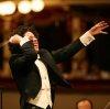Dudamel conducting