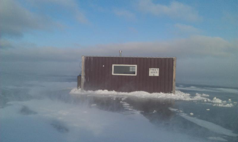 Lake of the woods is the ice fishing mecca whether you for Lake of the woods ice fishing rentals