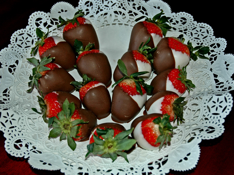 Valentine Chocolate Dipped Strawberries