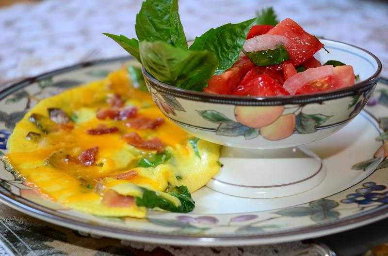 Tomato, Onion, Basil Salad with a Spinach, Bacon, and Cheese Omelet!