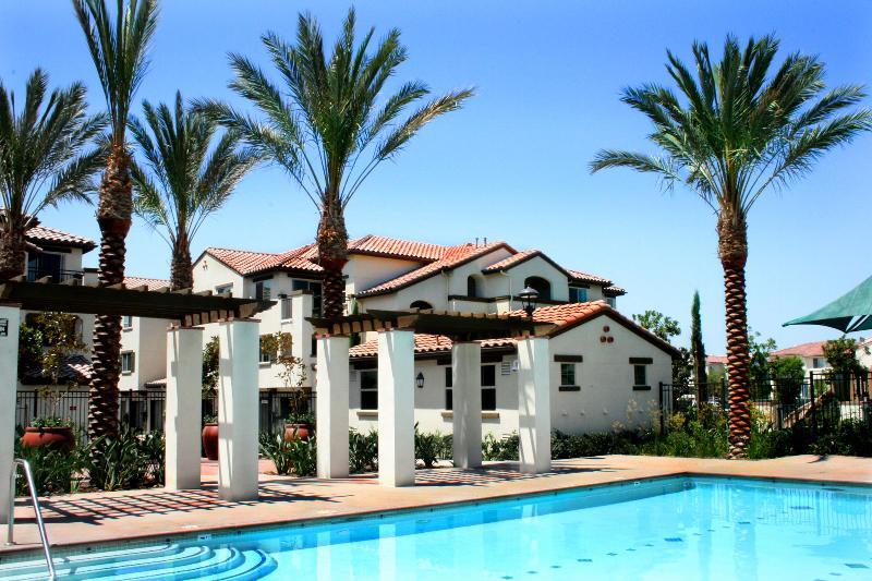 Doria Pool Apartments Irvine