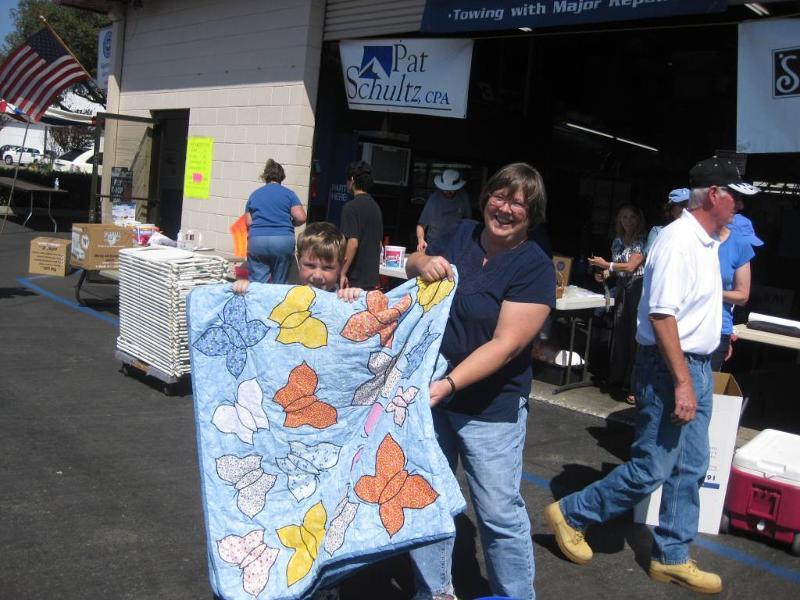 Comforter Silent Auction Winner