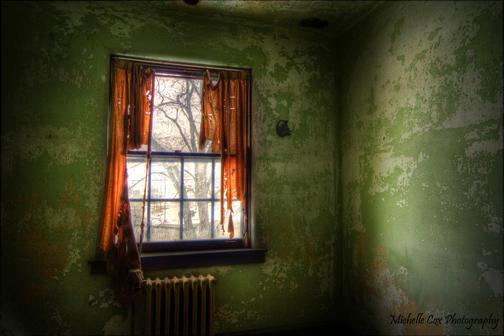 Cox Aug12 green window