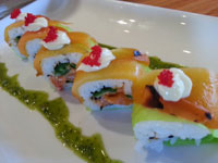8 PCS 12.95 SPICY SALMON JALAPENO ROASTED RED PEPEPR SOY PAPER MAYO SAUCE WITH TOBIKO