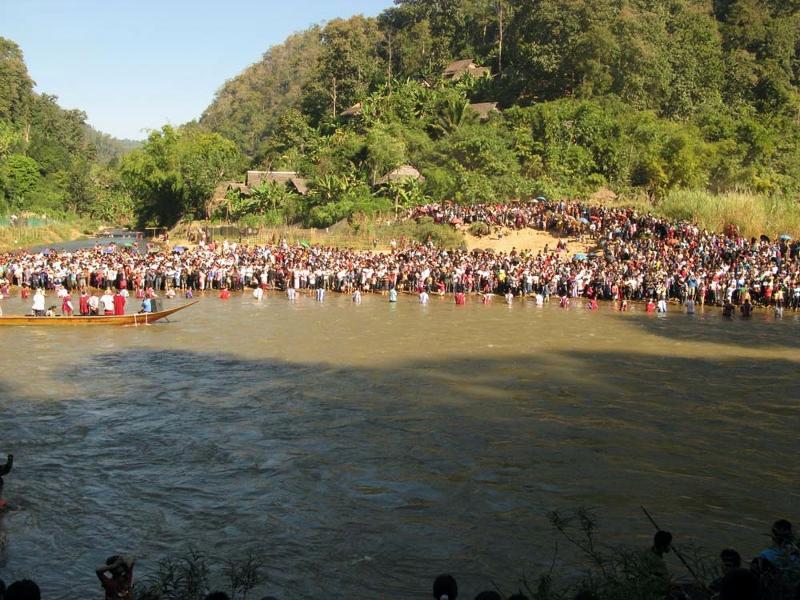 Refugees Receive Baptism