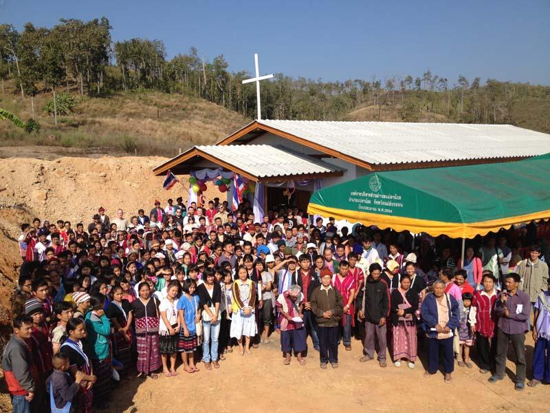 Huey Gnu Luang Church Dedication
