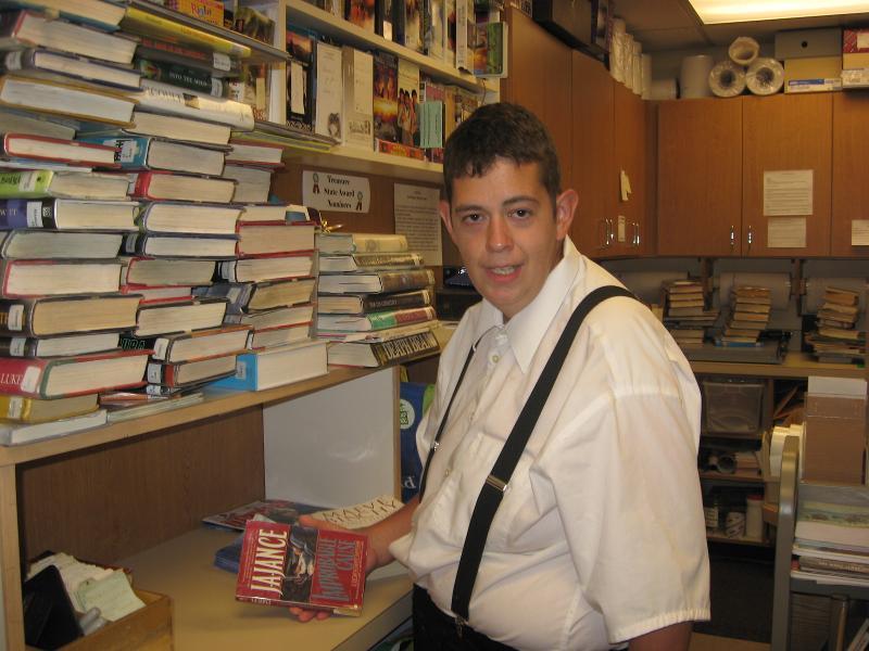 Maclaen shelving books