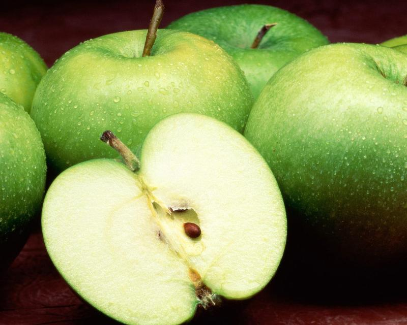 Green apples - Picture