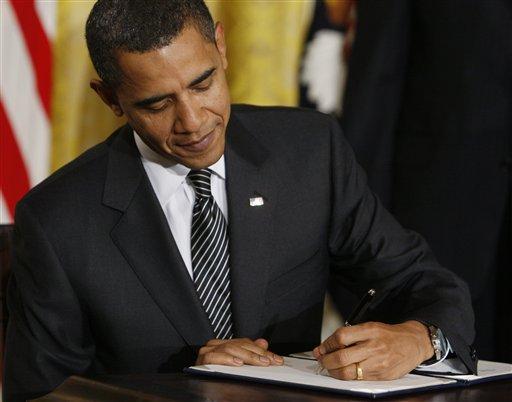 president signing