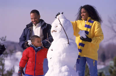 family-building-snowman.jpg