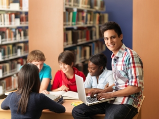 HS Students in Lirbrary