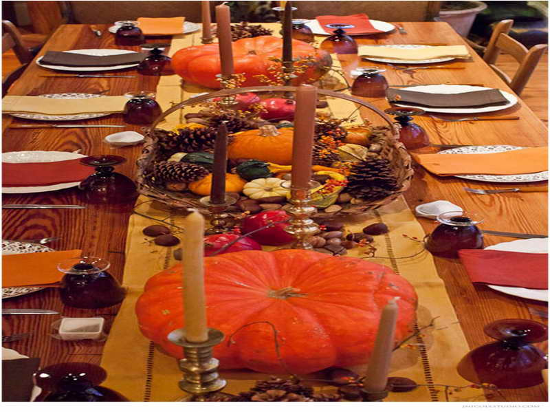 Easy ways to set a memorable thanksgiving table for Inexpensive thanksgiving table decorations