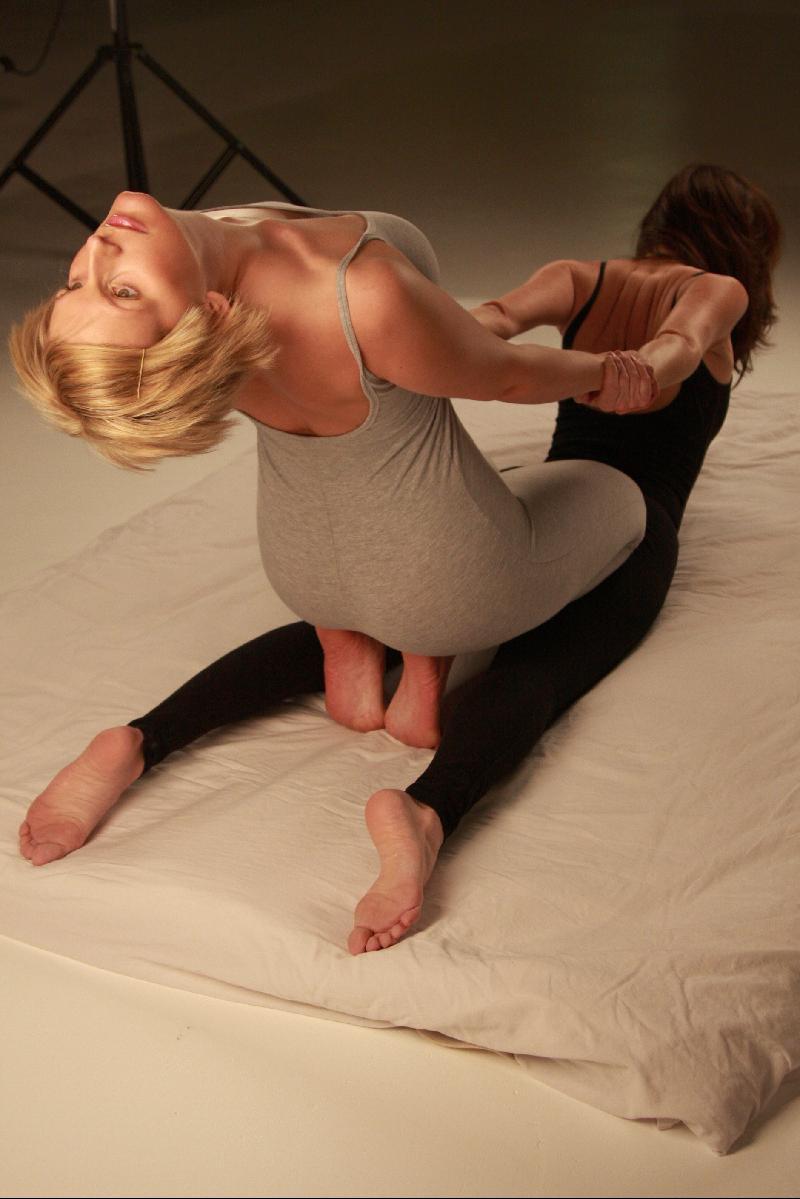 body to body homo massage sverige kiruna escort