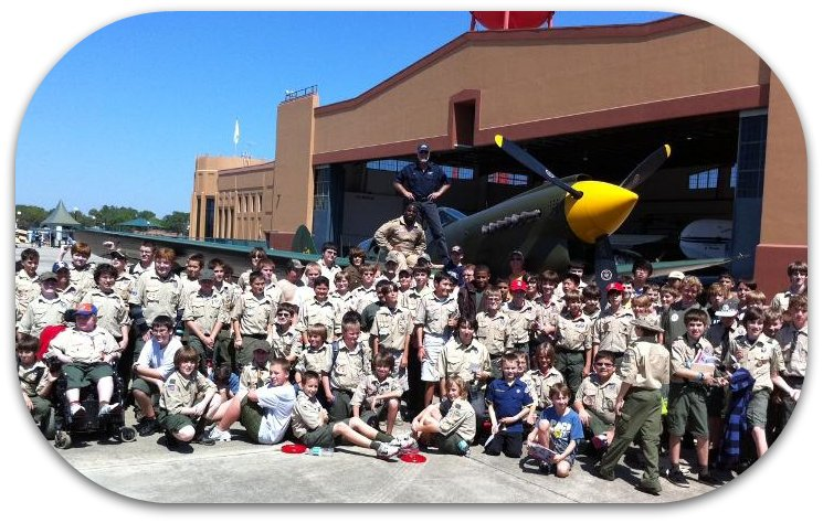 Boy Scouts 2011 group w KW and Barrington Irving