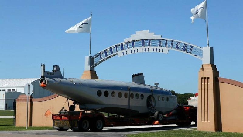Sikorsky S-43 Arrival