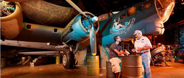 Share the past with the future b-17