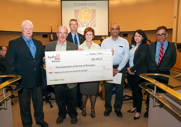 Hydro One Brampton presents City Council with a cheque for nearly _90_000
