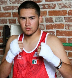 Mexican Olympic boxer Oscar Molina is ready to make his debut