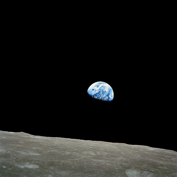 earthrise christmas eve 1968