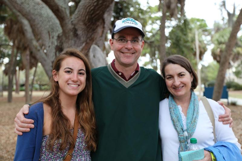 Mary Jean Harford '15 and parents