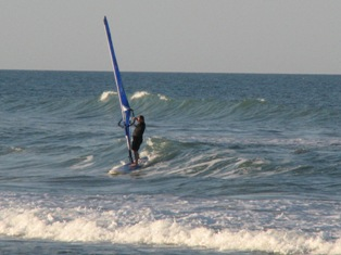Danny sails Playa Linda on BIg easy