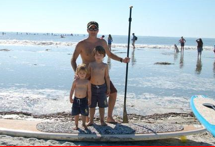 Combes family, w paddle