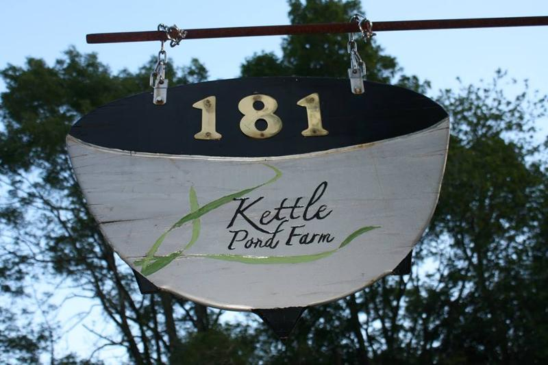 kettle pond sign