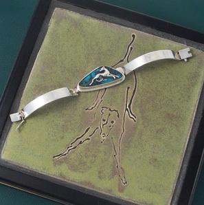 auction bracelet
