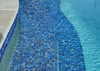 April Swimming Pool Tips | Platinum Pools Blog