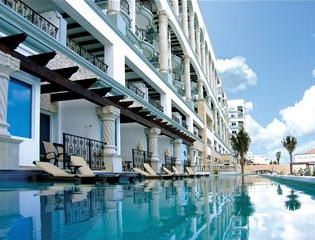 THE ROYAL Cancun photo