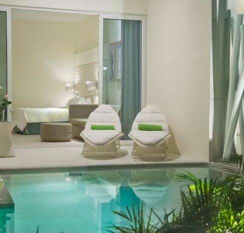 Hilton Swim-out