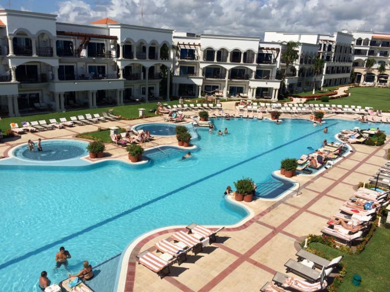 The Royal PDC pool