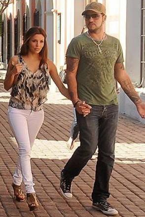 Eva Longoria and boyfriend in Mazatlan