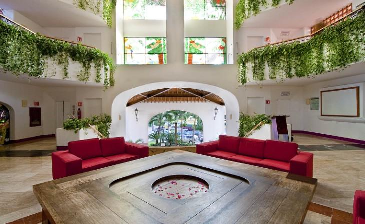 Villas Vallarta lobby