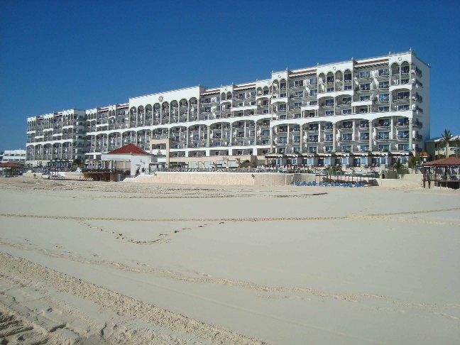 ROYAL CANCUN beach