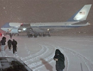 Air Force One in the Blizzard (FOXNEWS)