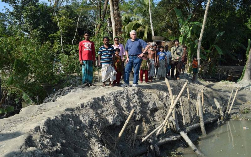 Temporary embankment repair - Bangladesh
