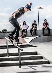 Rail Skate