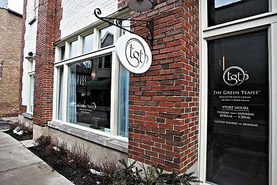 The Green Teaist Salon in Lake Forest, IL