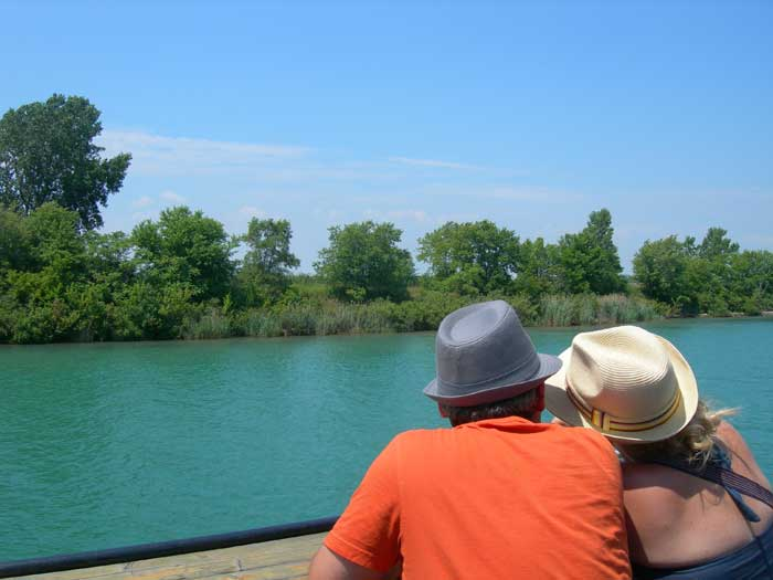 Boat Tour by Vittorio Sbrocca