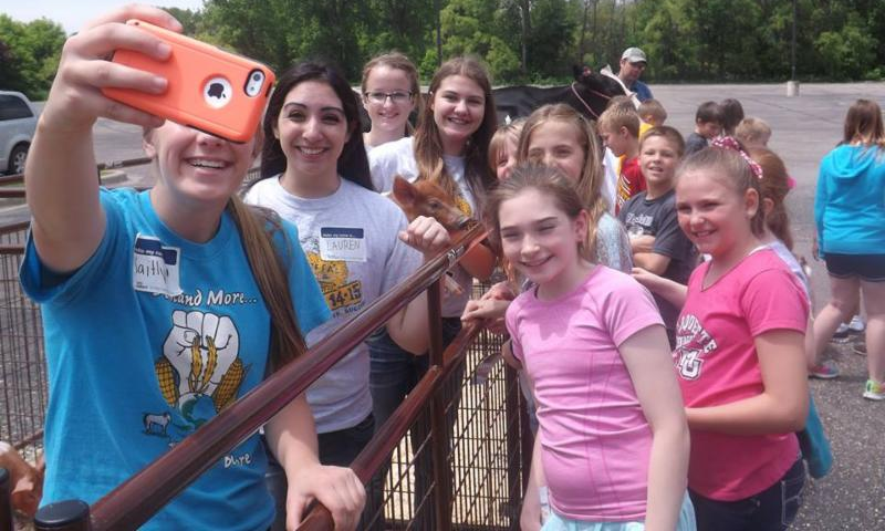 Students at Farm Day