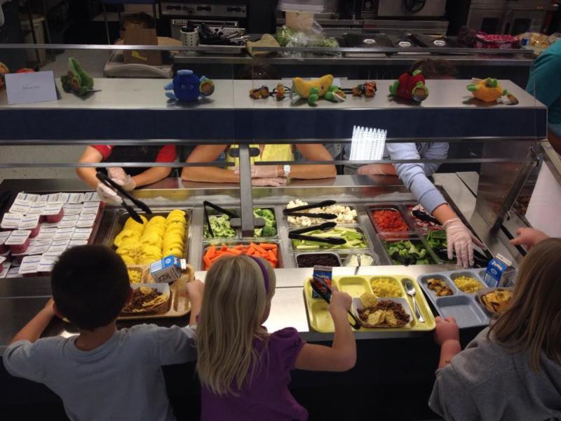 kids eating farm to school produce