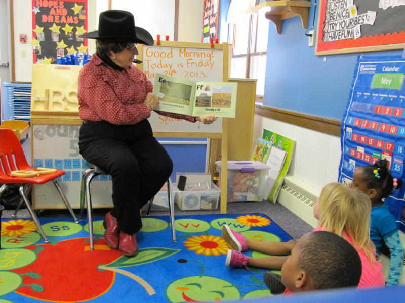 Juanita reading to children