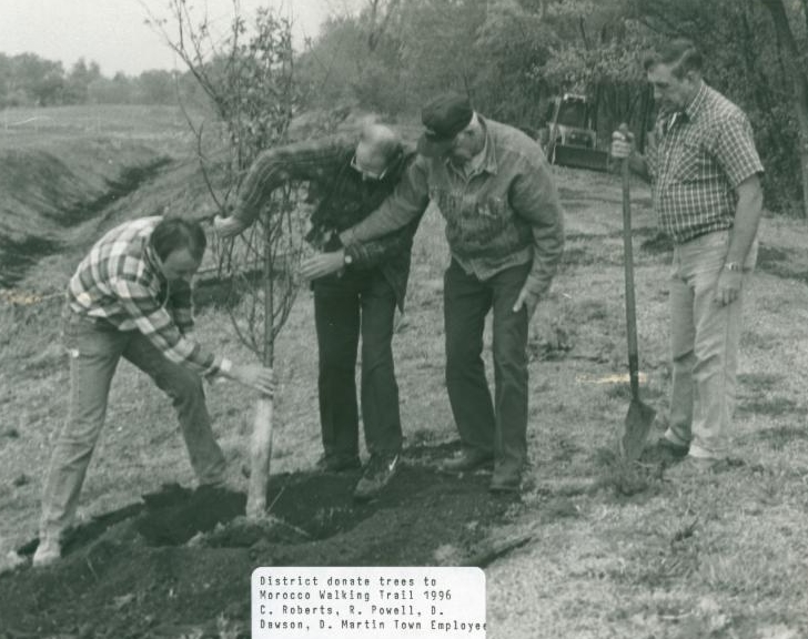 SWCD tree planting. Photo courtesy of Rose Morgan, Newton Co. SWCD.