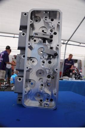 WARP 6 Cylinder Head rocker area