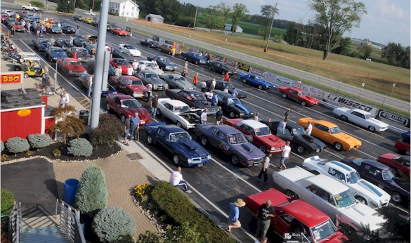 Staging lanes at Norwalk 2012