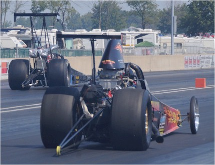 Jeff Kauffman and Kevin Swaney backing up at Norwalk 2010